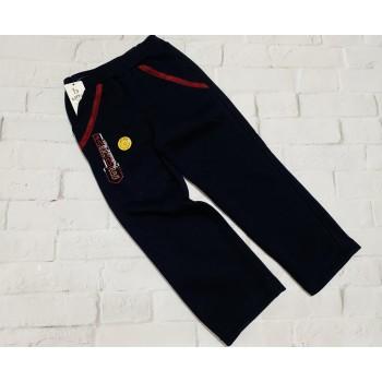 Тёплые спортивные штаны, имеют плотный начёс. Рост 122(6-7 лет). Турция